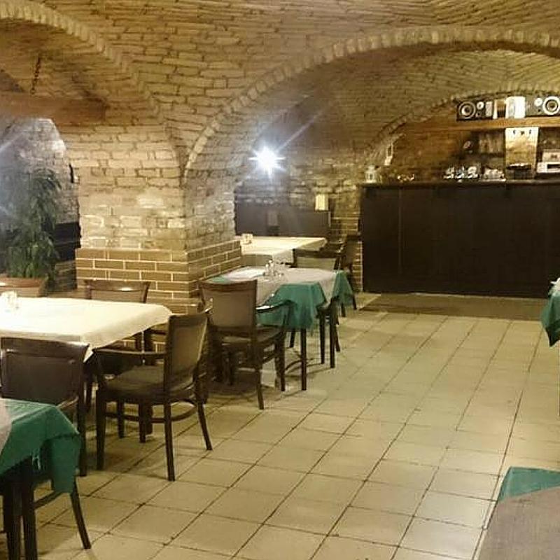 Reštaurácia V V Reštaurácia