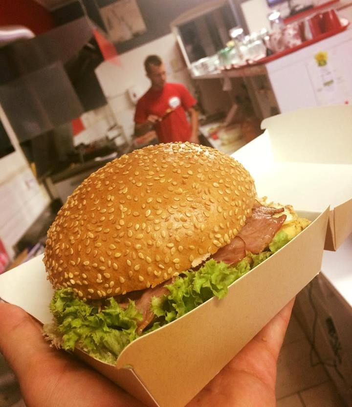 Hollywood-burger-ProMenu