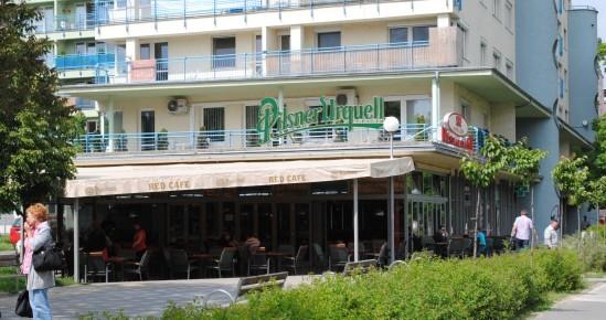 Reštaurácia Red Cafe 1 - Restaurant